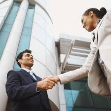 مطلوب موظيفين تخصص تسويق حديثي التخرج لشركة كبرى