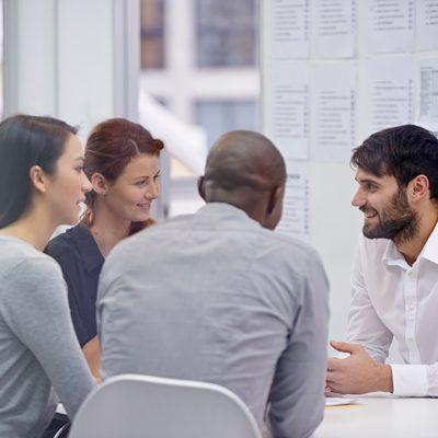 مطلوب محاسب/ة حديث التخرج للعمل في كبرى الشركات