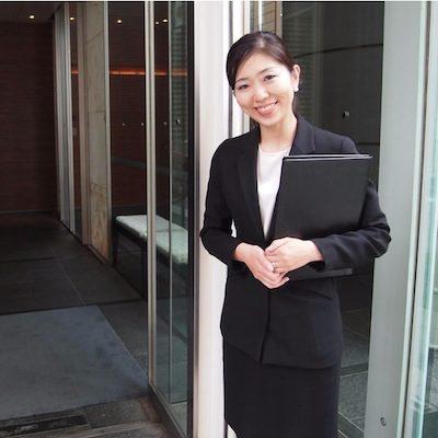 مطلوب موظفة لدى شركة مركز الفيزا لخدمات التأشيرات والمسافرين