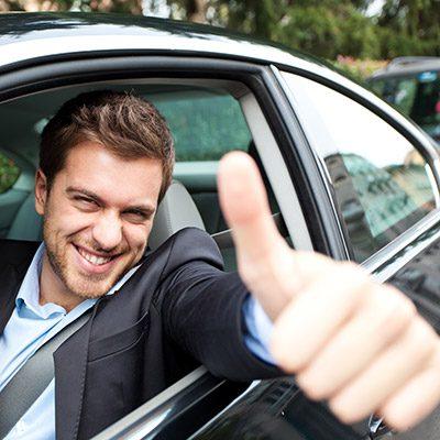 مطلوب سائق للعمل لدى شركة تكاسي كبرى