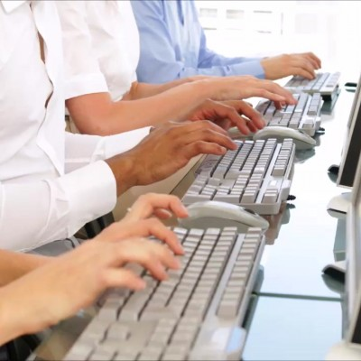 مطلوب طالبة بدوام جزئي كمدخلة بيانات