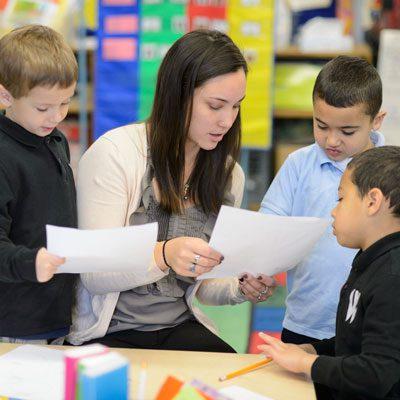 مطلوب معلمات لمدرسة دولية في شارع المطار