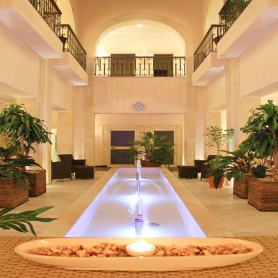 5 Stars Hotel in Aqaba is looking for