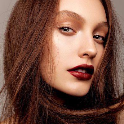 مطلوب makeup artist للامارات العربية المتحدة