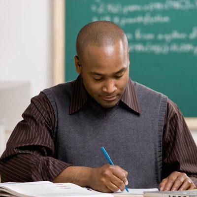 مطلوب معلمين للعمل لدى مدارس كبرى