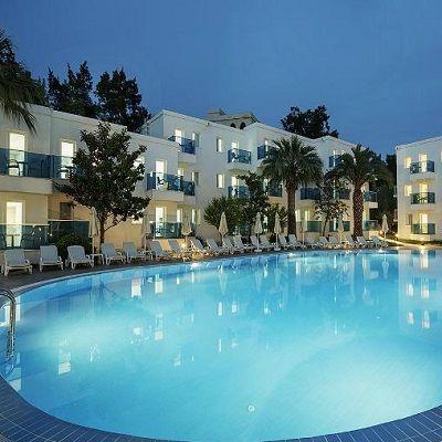 وظائف شاغرة لدى فندق خمس نجوم في البحر الميت