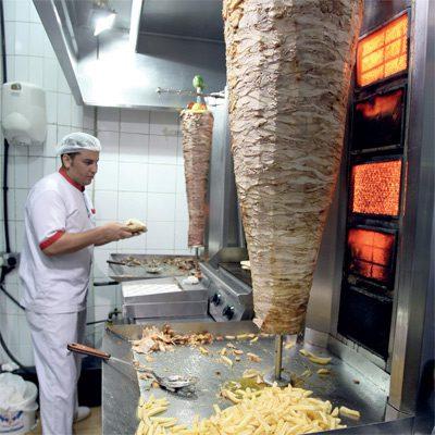 وظائف شاغرة للعمل لدى مطعم شاورما عربي فرنجي