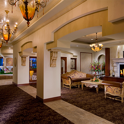 فندق في عمان.. شارع الجاردنز بحاجه الى