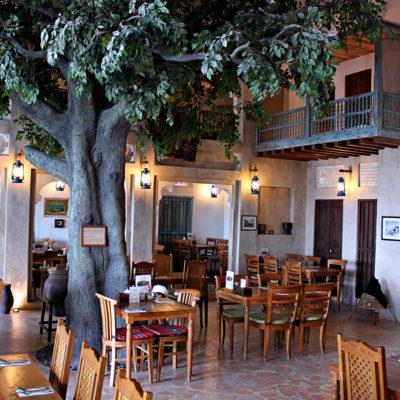مطعم في عمان البوليفارد العبدلي يعلن عن حاجته