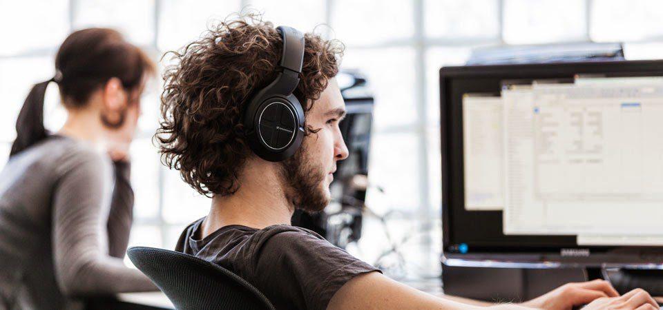 وظائف شاغرة في مجال الكمبيوتر و بشكل عاجل و بخبرة من 0 الى 5سنوات :