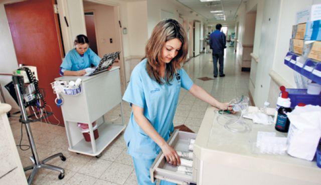 مطلوب الان لدولة الكويت ممرضات بشكل فوري بكالوريوس او دبلوم فوراً
