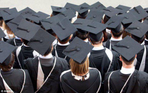 مطلوب خريجين للعمل براتب ابتداء من 450 بالتخصصات التالية