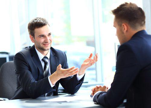 مطلوب موظف تسويق ومبيعات لشركة تنظيم مؤتمرات ومعارض ومناسبات براتب و بدلات