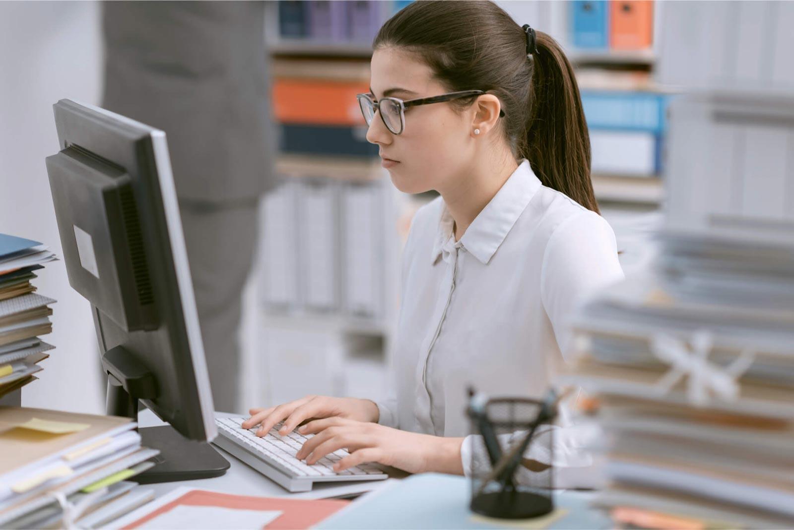 ترغب شركة في تعيين موظف مدخل بيانات مع ضمان و تأمين صحي