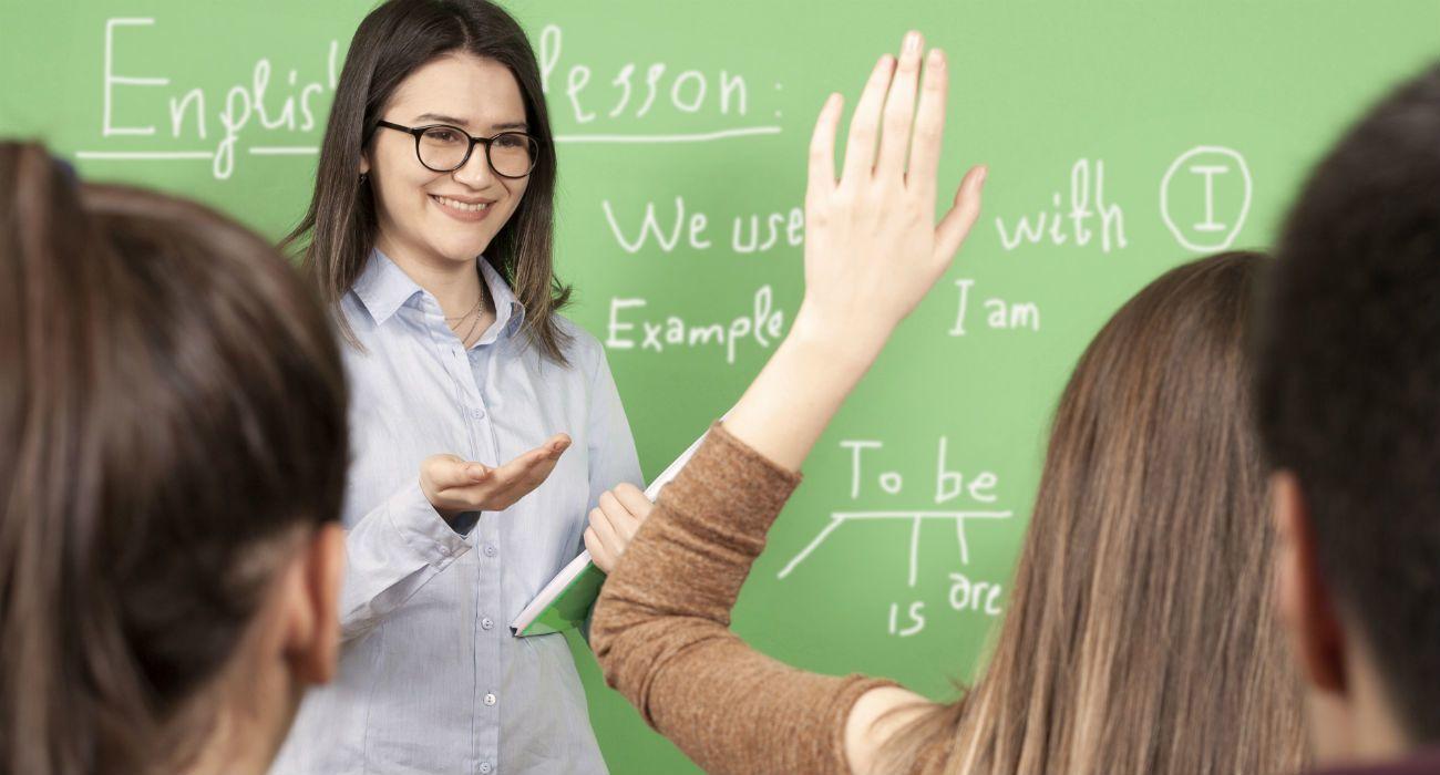 يوجد شواغر لدى مدرسة خاصة في عمان لمدرسين اللغة الانجليزية