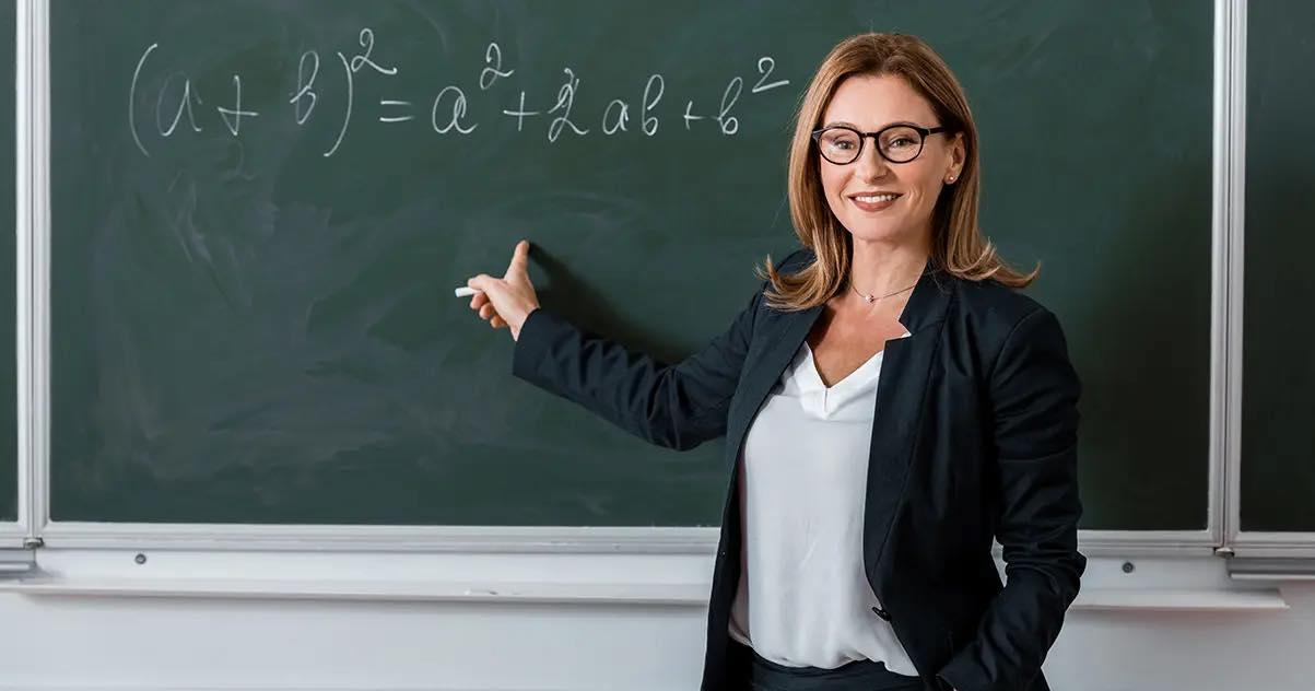 مطلوب لدى مدرسة خاصة متميزة معلمين رياضيات في القسم الوطني