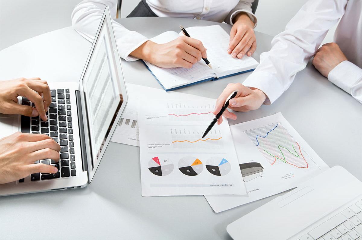 مطلوب موظفين بتخصص المحاسبة او ادارة الاعمال لدى شركة في عمان