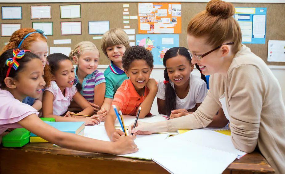 مطلوب معلمين بعدة تخصصات للعمل في مدرسة خاصة في عمان